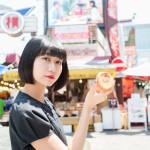 女の子と食べ歩き──がモチーフの写真モデルに東雲しの(天晴れ!原宿)が登場